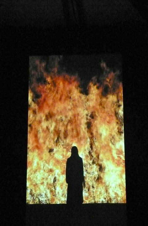 """""""fire woman"""" exposition Bill Viola grand Palais"""