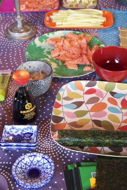 manger les sushis qu'on a faits!