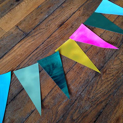 Guirlande de fanions en papier