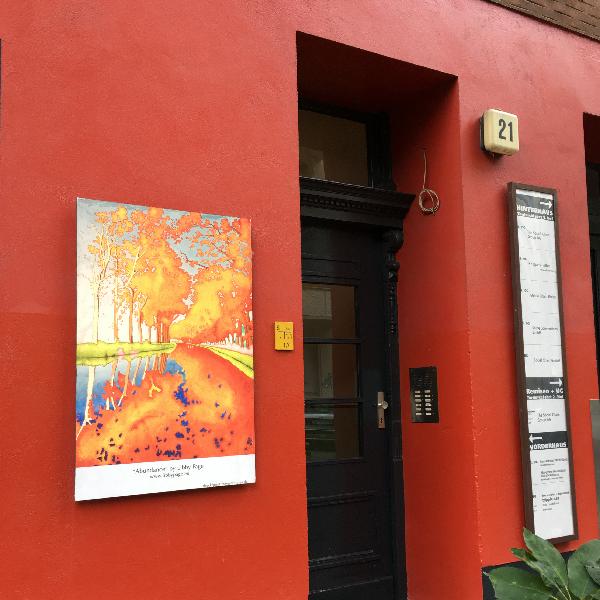 façade rouge à Berlin - photo vacances Sophie Plouvier